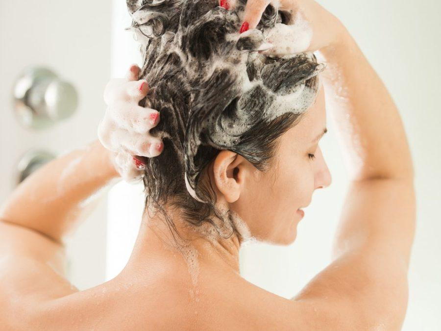 lavar o cabelo