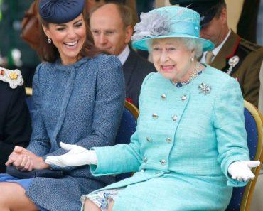 Evolução da Rainha Elizabeth II - Junho de 2012
