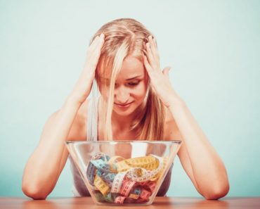 Corte o consumo diário de calorias, mas não tanto
